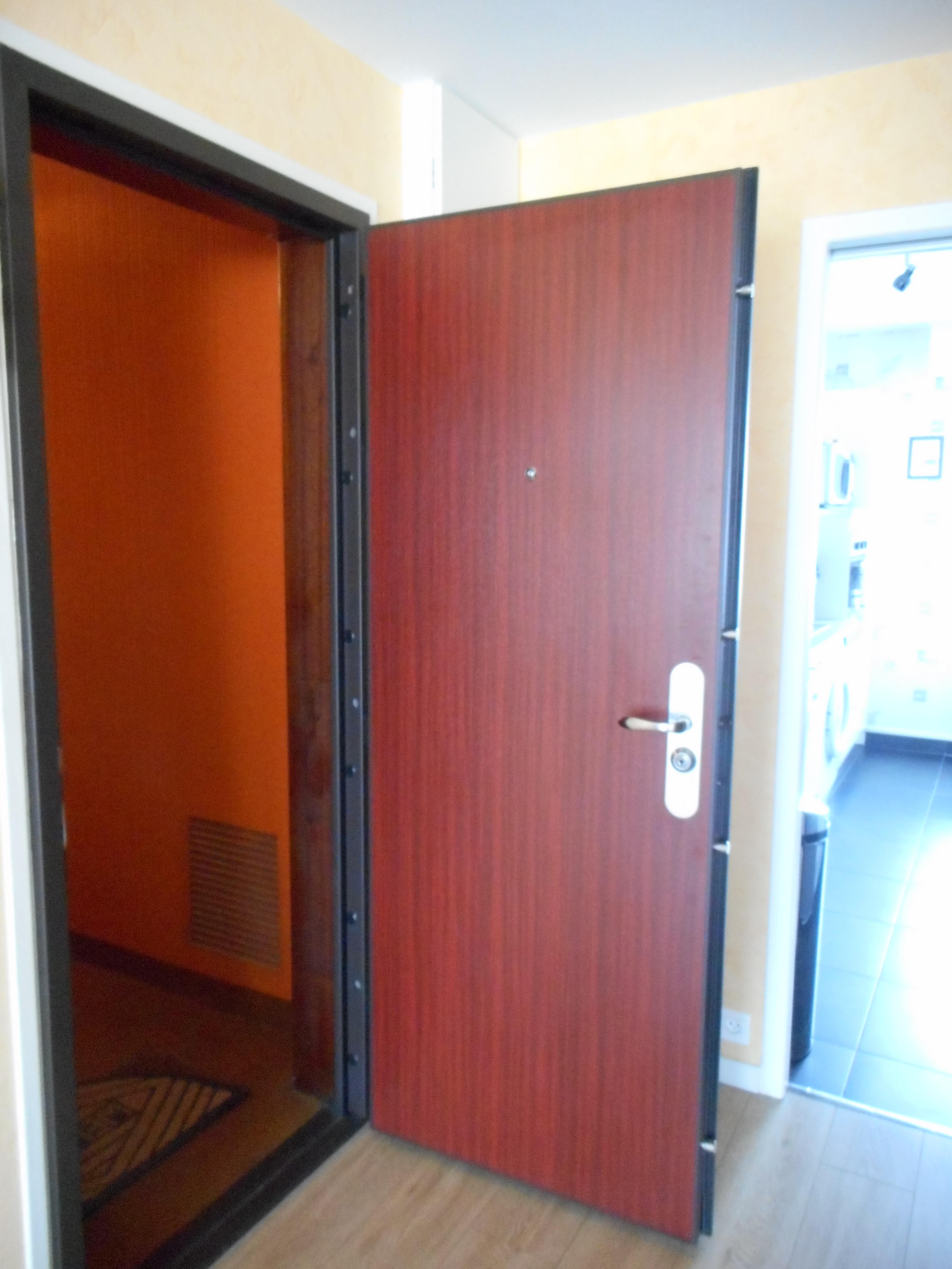 Portes blind es portes d 39 entr e blind es de fabrication - Portes d entree vitrees ...